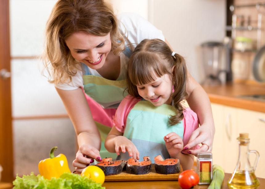 Tips para conseguir que tu hijo adore el pescado